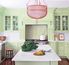 Looking for green kitchen cabinet ideas to hype up your decor in Here are some of the most creative uses of dark and light green in kitchen design for your inspiration. Green has been all the hype in recent… Continue Reading → Kitchen Colour Schemes, Kitchen Paint Colors, Color Schemes, Green Kitchen Cabinets, Painting Kitchen Cabinets, Beach House Kitchens, Cool Kitchens, Coastal Kitchens, Colorful Kitchens