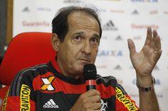 Rio -De volta a um clube de futebol após cerca de oito meses, período que passou longe de qualquer cargo para cuidar da saúde, Muricy Ramalho tem agora um projeto ambicioso para implantar no time de maior torcida do país. Vinculado ao Flamengo por dois anos, o treinador pretende padronizar uma fi
