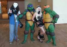 TMNT and Kat Gravity Rush cosplay, Phoenix Comic-Con 2014