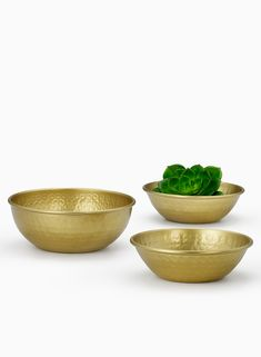 7 1/2in Hammered Gold Bowl
