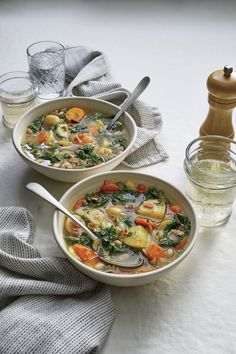 30 Christmas Lunch Ideas That Won't Ruin Your Appetite for Dinner Slow Cooker Vegetable Soup Recipe, Vegetable Soup Recipes, Veggie Soup, Slow Cooker Soup, Slow Cooker Recipes, Crockpot Recipes, Cooking Recipes, Dump Recipes, Ham And Noodle Casserole