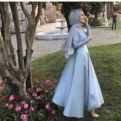This Pin was discovered by Mir Hijab Prom Dress, Hijab Gown, Muslim Dress, Islamic Fashion, Muslim Fashion, Modest Fashion, Fashion Dresses, Modest Dresses, Modest Outfits