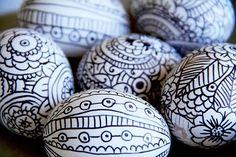 Easter eggs, no dye, less mess!!!