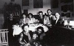 Η οικογένεια του Φώτη Κόντογλου σε ένα γκαράζ, στο σπίτι τους το πούλησαν για λίγο αλεύρι.