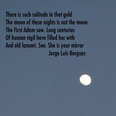 Watching my mirror in front of the sea just as Jorge Luis Borges wrote. #Phoenix #Arizona #Sonora #Mexico #Tucson #Scottsdale #Chandler #Mesa #Tempe #Glendale #Peoria #Prescott #Flagstaff #Sedona #LasVegas #beach #sea #vacation #luxury #paradise #SanDiego #California #ocean #sea #moon #mirror #poetry