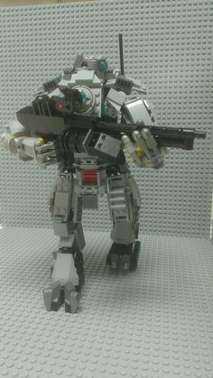 In celebration of Titanfall's recent alpha launch, Xbox Live senior software engineer development in test Bruce Brown created a Titan made from Lego. Brown shared his creation, which you can view.