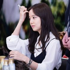 cr Twitter kimjihyung #문채원 #moonchaewon  #korean #namooactors