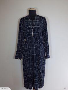Sara | Black Line Print Shirt Dress with Belt (14-16) | Trade Me Enlarge Photos, Close Up Photos, Lovely Dresses, Black Rings, Printed Shirts, Line, Size 16, Duster Coat, Belt