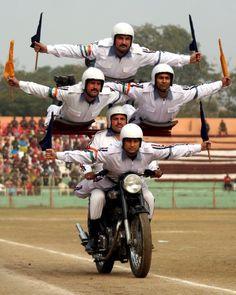 インド 警官 パレード - Google 検索