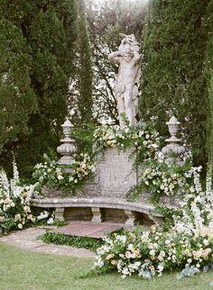 Landscape Design, Garden Design, Garden Statues, Dream Garden, Garden Inspiration, Beautiful Gardens, Garden Landscaping, Flower Arrangements, Wedding Flowers