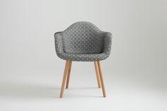 Krzesło (057B) Cena: 739 zł nordicdecoration.com