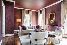 We can all agree on wallpaper being the best design tool ever. Now we can all agree that it's spectacular in marsala. Let marsala colored wallpaper be a dramatic backdrop for an already gorgeous room. Offset the warm hue with crisp whites and dazzling golds. Love. Image via Home Decor Ideas.