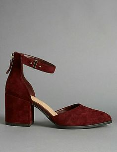 I don't know where these are from but I really like them. My fave Fall color Burgundy!