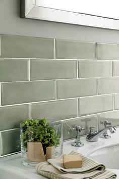 Sage Kitchen, New Kitchen, Green Subway Tile, Subway Tile Kitchen, Metro Tiles Kitchen, Subway Tiles, Sage Green Walls, Bathroom Colors, Green Bathroom Tiles