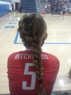 so cool looking I want to try it for my volleyball games!!! Maybe try to find some more hair styles for VB to..