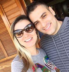 Andressa Urach reata com ex-marido e marca casamento: 'Família restaurada'
