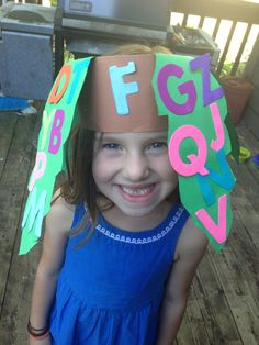 Chicka chicka boom boom hat on my sweet grader! Preschool Literacy, Kindergarten Classroom, Preschool Activities, Book Activities, Chika Chika Boom Boom, Chicka Chicka 123, Tree Study, Creative Curriculum, Beginning Of The School Year