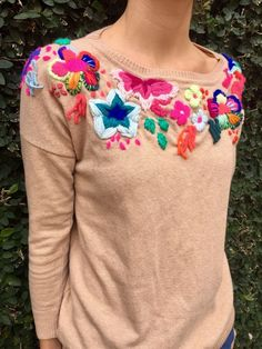 Suéter bordado