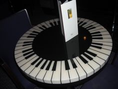 cool piano table