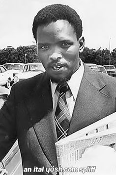 Steve Biko was an anti-apartheid activist and founder of the Black Consciousness Movement which mobilized the South African youth against apartheid. After numerous harassments from the racist regime, he was murdered in police custody on September 11 Steve Biko, Xhosa, Human Rights Activists, African Diaspora, African American History, Black Power, Black History, Black Men, South Africa