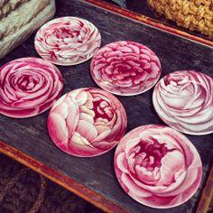 Melamine plates from John Derian 2013. #floral #tabletop