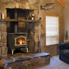 Winter is coming. The calendar tells you that. Yet your dedicated friends at Freedom Prepper suggest this winter may be heavy that average:This Winter May Be