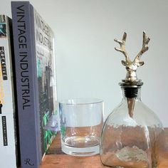 Perfect for dinner parties or entertaining, this Decanter with Deer Stopper is ideal for serving whiskey, water, vinegar or sauces. Beverages, Drinks, Dinner Parties, Aga, Vintage Industrial, Decanter, Minimalist Design, Vinegar, Whiskey