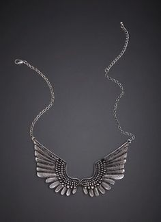 My winged necklace from Stradivarius. <3