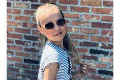 Deze te gekke bril vond ik op de website van Optiek Dominiek in Hoogstraten. Wat vind jij ervan? Round Sunglasses, Sunglasses Women, Etnia Barcelona, Laguna Beach, Website