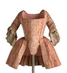 Carico, c.1745-60. This would be worn over a petticoat (in this era, meaning an outer skirt) in either matching fabric, or in a contrasting solid color.