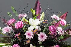Corporate flowers arrangement by Atelier Floristic Aleksandra concept Alexandra Crisan