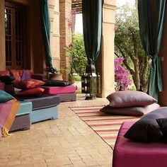 Luxury Courtyards And Patio Garden Maroccan Style Design And Decorating Ideas home trends design photos, home design picture at Home Design and Home Interior Design Marocain, Style Marocain, Moroccan Design, Moroccan Style, Patio Courtyard Ideas, Patio Ideas, Backyard Ideas, Moroccan Decor Living Room, Morrocan Theme