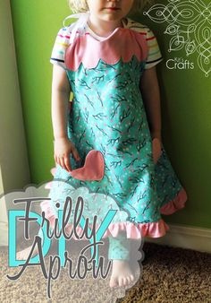 Any bakers in the family? Here is the perfect #handmadegift, a frilly #diyapron…
