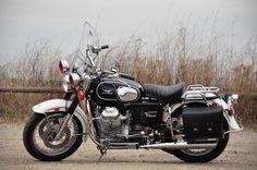 Moto Guzzi Motorcycles, Cool Motorcycles, Vintage Motorcycles, Classic Bikes, Classic Motorcycle, Guzzi V7, Old Bikes, Old Skool, Atv