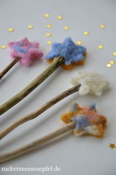 Wands for little elves, fairies and magicians made easy homemade - Basteln mit Kindern - Felt Crafts, Diy And Crafts, Crafts For Kids, Arts And Crafts, Simple Crafts, Clay Crafts, Waldorf Crafts, Waldorf Toys, Elves And Fairies