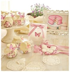 Super pretty butterfly favours.