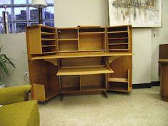 Ideal Surroundings Co.: Teak Desk-in-a-Box