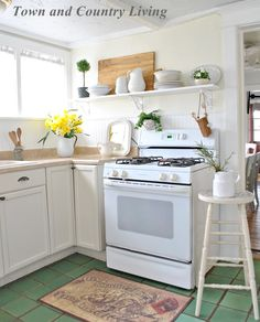 Open Kitchen Shelves in our farmhouse kitchen