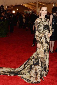 El vestido de Givenchy de Amanda Seydried estampado y con cola