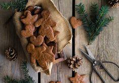 Žitné perníčky Burlap Wreath, Gingerbread Cookies, Sweets, Wreaths, Texture, Crafts, Být Fit, Food, Decor