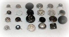 How to make Wired Wrapped Button Rings - Great idea for estate jewelry