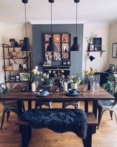 Turn Your Lofty Dreams Into a Reality Thanks to These 6 Industrial Dining Room Ideas Hunker Dining Room Walls, Dining Room Design, Kitchen Dinning Room, Dining Table, Industrial Dining, Industrial Style, Design Industrial, Houses Architecture, Home Decoracion