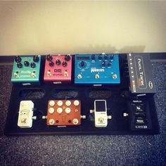 Submittal by @jsimens1. ~ @pelham_bleu Line6 g39 - Tcelectronic polytune2mini - JHS sweet tea - TCelectronic spark mini - Strymon mobius - Strymon DIG -Strymon Bluesky. DM us your boards and signal paths and please sign up for our mailing list! Link on our profile! #pedalboardmadness #pedalboardporn #pedalboard #gearporn #effectpedals #pedalporn #knowyourtone #pedals #guitar #pedalboards #guitartones Find us on Facebook!