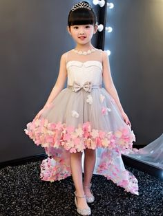 Adorewe tidebuy womens tidebuy dramatic jewel neck bowknot high low flower girl dress adorewe comShop affordable Sleeveless Pearl Neckline High Low Tulle Dress With Flowers at June Bridals! Over 8000 Chic wedding, bridesmaid, prom dresses & more are on ho Girls Party Dress, Little Girl Dresses, Baby Dress, Party Dresses, Occasion Dresses, Frock Design, Fashion Kids, Trendy Fashion, Latest Fashion