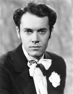Oh my goodness, how adorable is Henry Fonda in 1938's Jezebel??