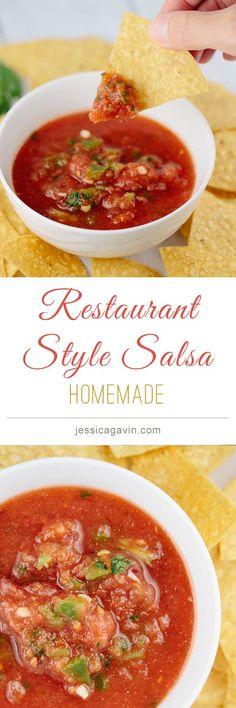 Easy Homemade Restaurant Style Salsa | jessicagavin.com #Cincodemayo #mexicanrecipes
