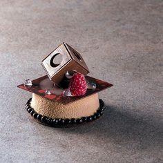 Peanut Butter Photo by @antoniofekete #instadessert #pastrylove #silikomart…