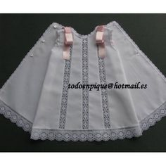 Risultati immagini per todo pique ropa de bebe Baby News, Baby Girl Dress Design, Kids Frocks, Baby Boutique, Baby Sewing, Sewing Lace, Little Girl Dresses, Clothing Patterns, Kids Outfits