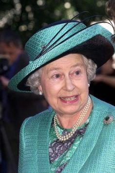 шляпки королевы - Поиск в Google