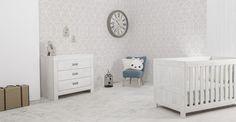 Απλότητα και λευκό χρώμα δεμένο με νερά στις αποχρώσεις του ανοιχτού γκρι, συνθέτουν το δωμάτιο AQUA WHITE. www.nadokidz.com #nursery #furniture #cribs